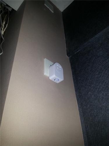 智能外插式插座