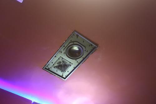 8只顶面及环绕扬声器QX520
