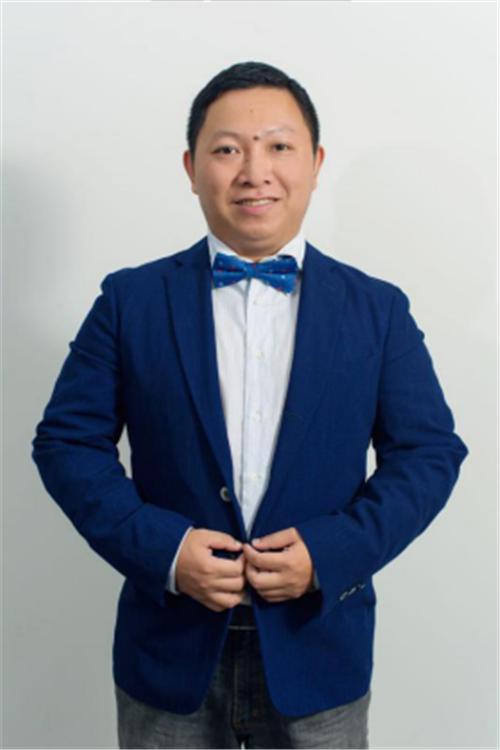 圣谛智能影音机构 CEO  冯光宇