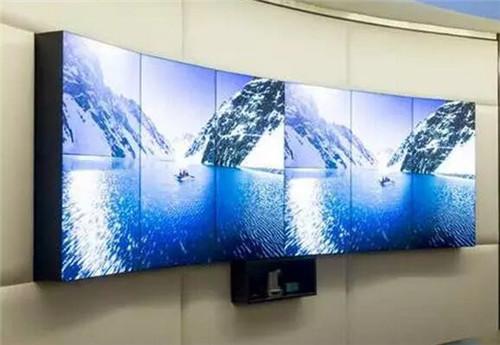 弧形电视墙带来震撼的视觉效果