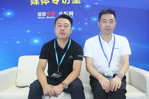 集贤科技总监陈宪涛先生(左)、COO杨宗霖先生(右)