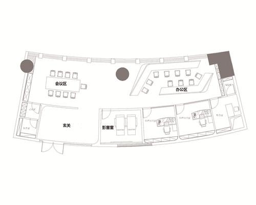 室内面积:140.4平方米