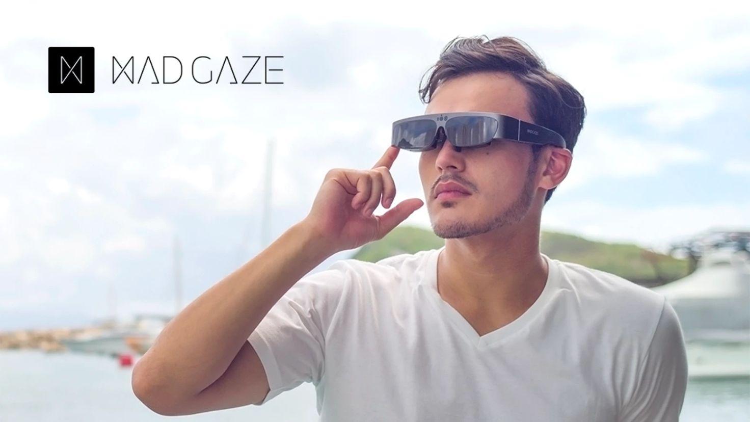 图|智能眼镜公司 MAD Gaze 在今年 CES 展出最新一代的产品,四月才会交货,目前已经接到了 1 万台的订单。(图片来源:MAD Gaze)