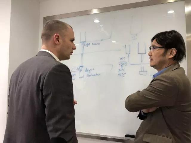 EXERGEN负责人与麦乐克董事长吕晶进行技术探讨