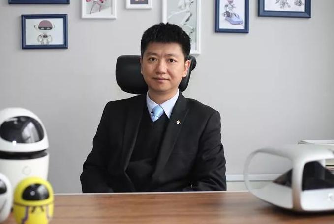深圳狗尾草智能科技有限公司CEO邱楠先生