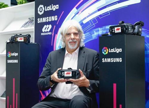 Mediapro XR负责人兼展会制作人 Jordi Alonso现场向媒体介绍VR技术
