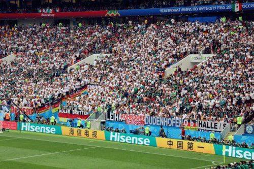 16日德国-墨西哥,海信中文广告亮相赛场